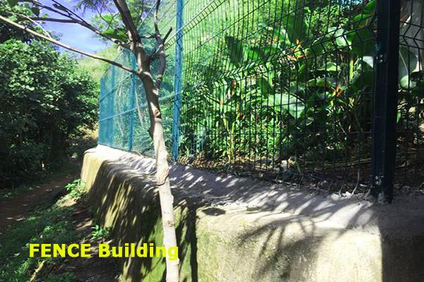 build fence in lake atitlan